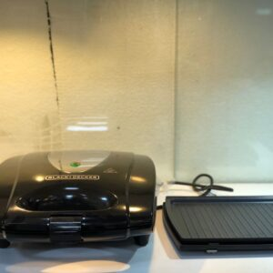ساندویچساز بلک اند دکر مدل TS4080